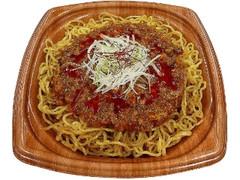 セブン-イレブン 炒め麺が香ばしい!ピリ辛肉味噌焼そば