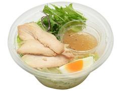 セブン-イレブン 107kcal こんにゃく麺サラダ