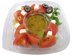 セブン-イレブン 高野町産トマトとチーズのサラダ