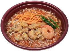 セブン-イレブン ピリ辛!魚介のトマトスープパスタ