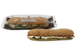 セブン-イレブン カスクート スモークサーモン&クリームチーズ