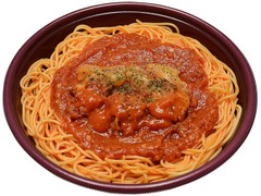 セブン-イレブン 大盛り!ピリ辛トマトパスタ