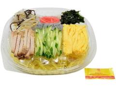 セブン-イレブン 6種具材を楽しむミニ冷し中華