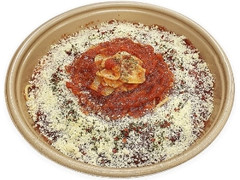 セブン-イレブン 国産にんにくとチーズのトマトソースパスタ