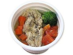 セブン-イレブン 野菜と蒸し鶏のコンソメスープ