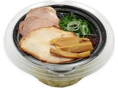 セブン-イレブン とみ田監修 濃厚豚骨魚介 冷しW焼豚つけ麺
