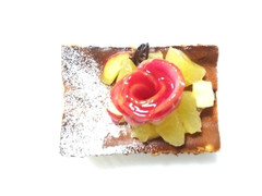 銀のぶどう チーズりんご