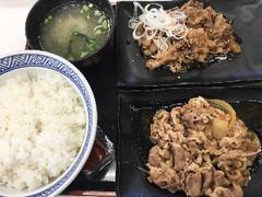 吉野家 牛皿・牛カルビ定食