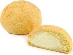 ニューデイズ EKI na CAFE 生クリームメロンパン