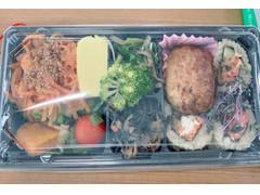 アール・エフ・ワン 玄米ロールとつくねの彩り野菜弁当