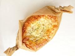 ドンク サラダチキンのチーズグラタン