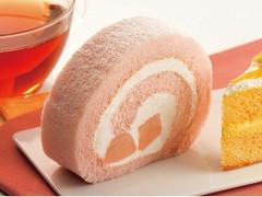 カフェ・ド・クリエ 桃のロールケーキ