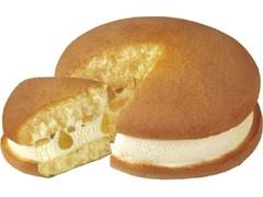 コールド・ストーン・クリーマリー プレミアムケーキサンド ハニーポップチーズケーキ 袋65ml
