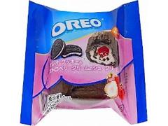 オランジェ オレオ クッキー&ストロベリークリームのシュークリーム 袋1個