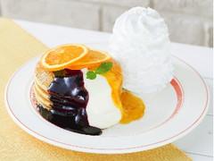 Eggs'n Things カシスとオレンジのパンケーキ