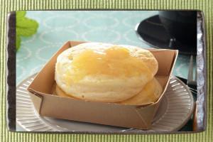 2段重ねのふわふわパンケーキ。