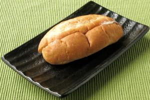 ころっと太短い楕円形のフランスパン。