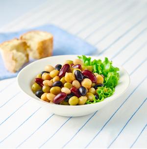 そのまま食べられる5種の蒸しサラダ豆