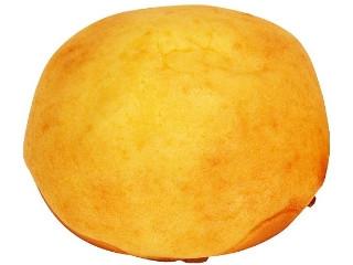 ファミマ・ベーカリー ふんわり食感のシュークリームみたいなパン