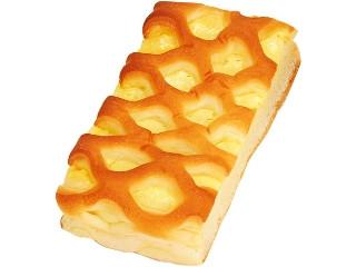 ファミリーマート チーズクリームパン