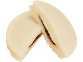 ファミリーマート ファミマ・ベーカリー ココア香る白いティラミスパンケーキ