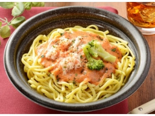 ローソン 蟹のトマトクリームパスタ