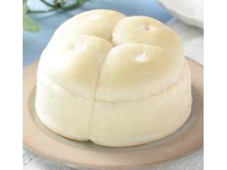 ローソン たっぷりホイップパン 生チョコクリーム&コーヒークリーム 八千代牛乳入りホイップ使用