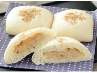 NL 糖質オフのしっとりパン 胡麻サラダチキン