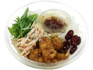 セブン-イレブン 野菜を楽しむ!甘辛鶏唐揚のパスタサラダ