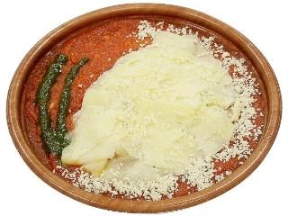セブン-イレブン とろけるチーズたっぷりトマトパスタ