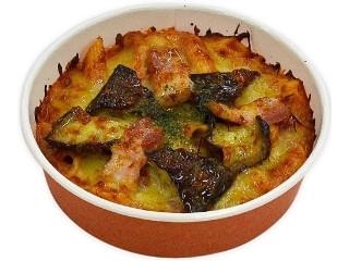 セブン-イレブン 茄子とベーコンのピリ辛トマトグラタン