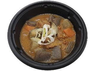 セブン-イレブン 根菜が入った濃厚ピリ辛もつ煮込み