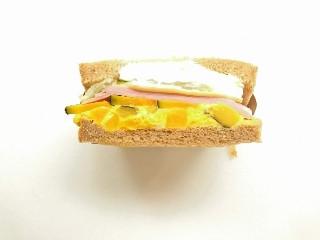 エクセルシオールカフェ パンプキン&チーズフィリングサンド
